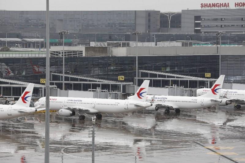 161架东航飞机陆续解除台风系留 东航上海航班运行有序恢复  第2张
