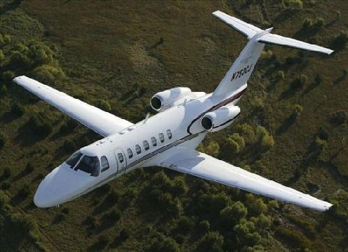 揭秘中国富豪私人飞机:飞一趟成本五六十万